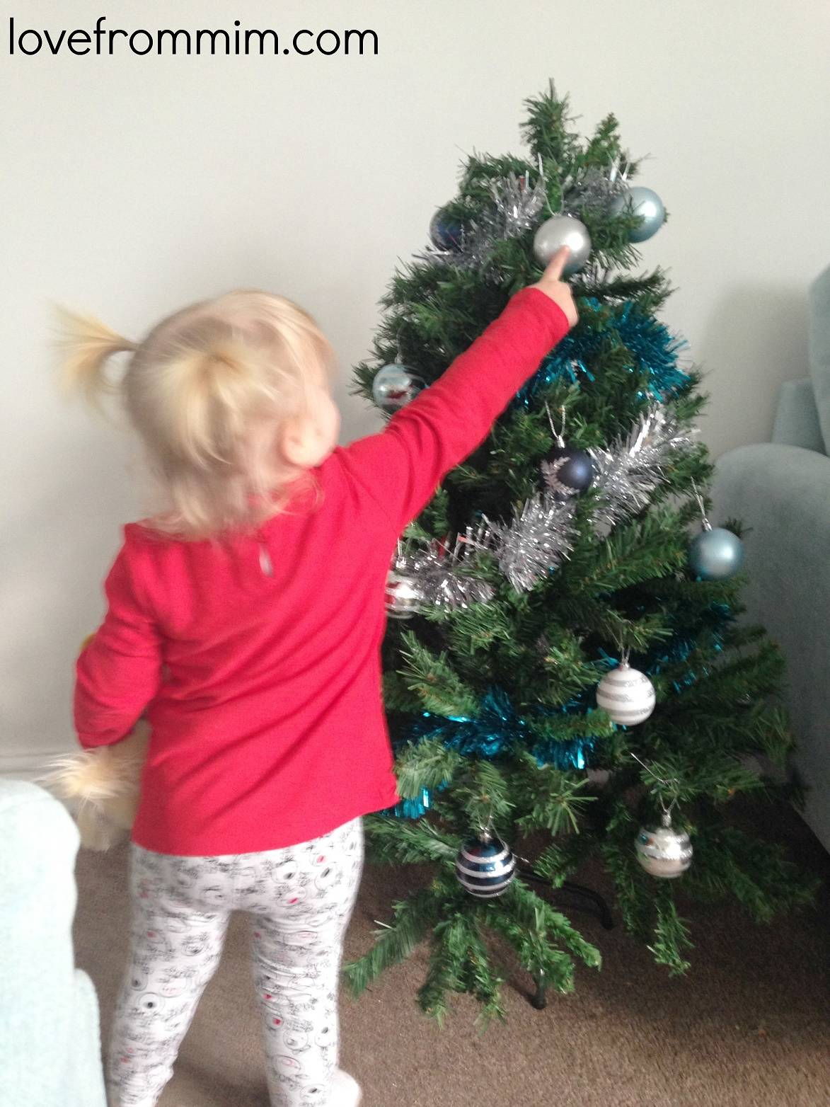 Decorating the Christmas Tree - lovefrommim.com Christmas 2014