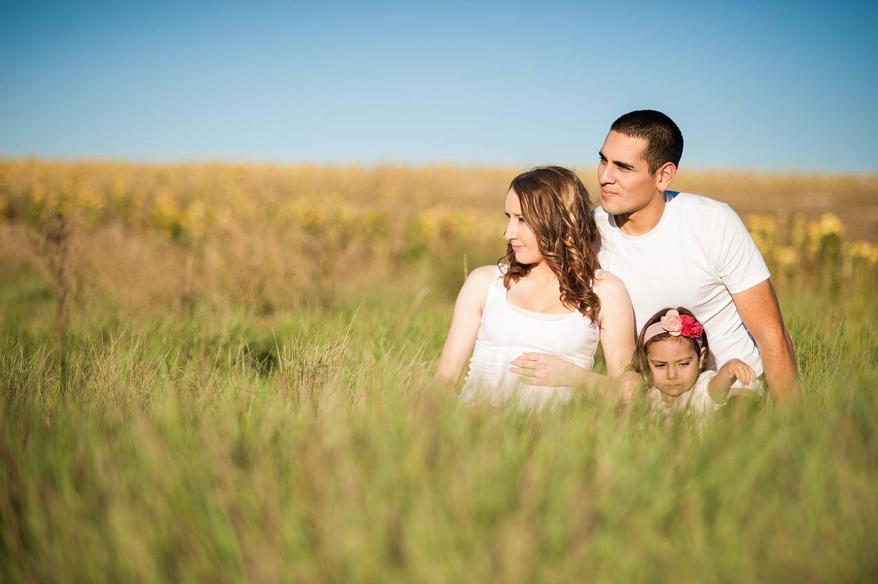 5 New Parent Pet Peeves - lovefrommim.com New Parents Things that annoy New Parents Parenting Parenthood