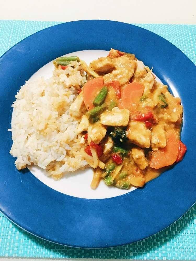 My First Week Results on Lite n' Easy! Love from Mim Lite n' Easy Thai Red Curry with Rice