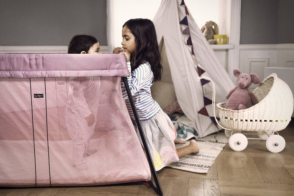 c473441fe58 BabyBjorn Travel Cot Review   Giveaway!