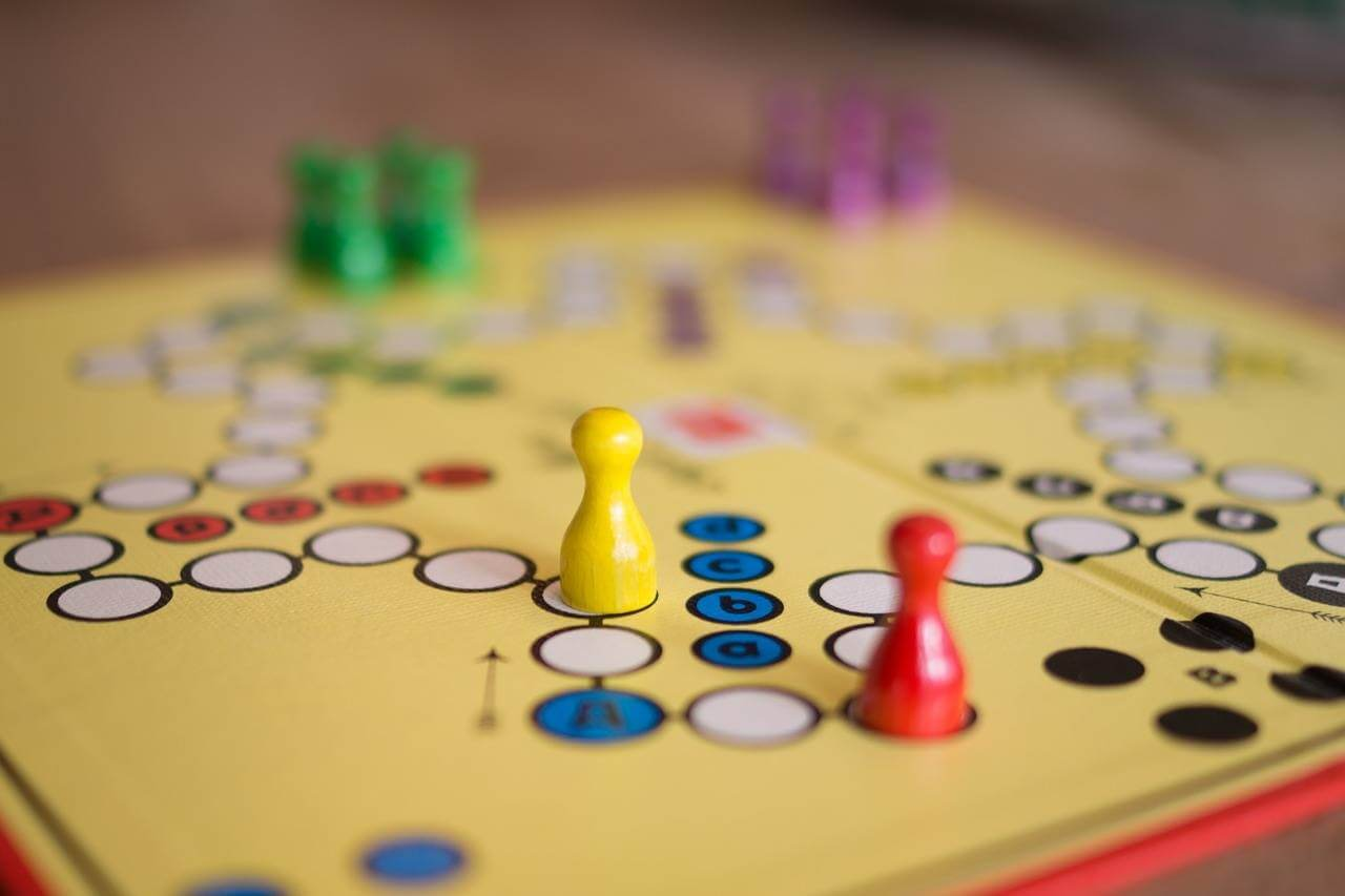 Why you should play games with your kids - lovefrommim.com Love from Mim How to bond as a family How playing games bonds families Why you should play games with your Children