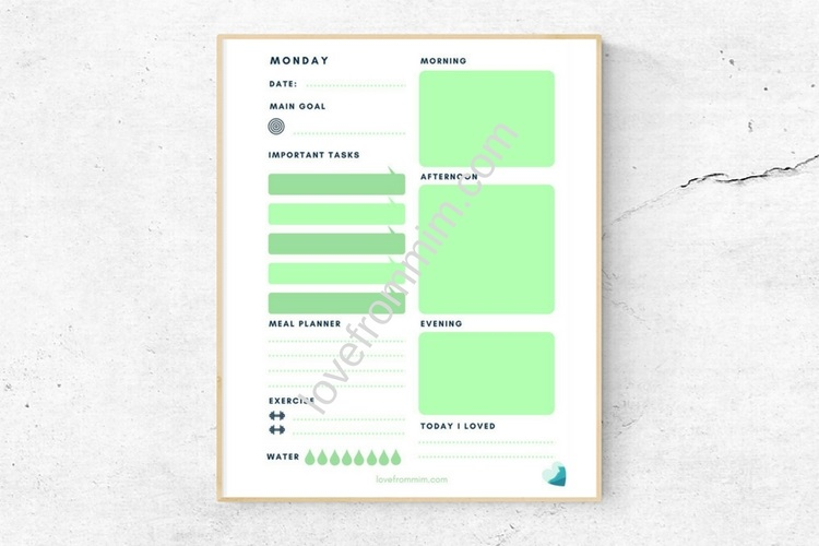 Free Weekly Planner - Love from Mim