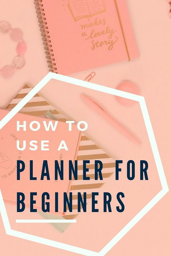 If you're wondering what the best planner for beginners are or about planner decorating for beginners, you NEED this course on How to use a Planner for Beginners! It's an online planner course where you can find out what is the best planner, how to decorate a planner and total planner 101! #planning #planneraddicts #paperplanner #erincondren #onlinecourse #plannergirls
