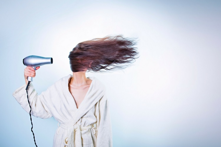 Woman with Hairdryer - Love from Mim