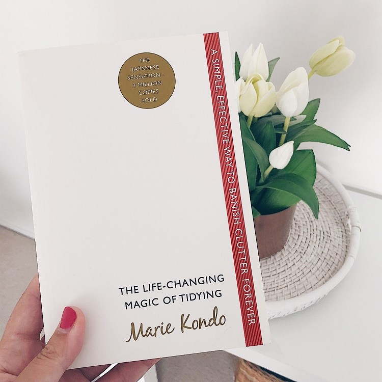 Marie Kondo - The Life-Changing Magic of Tidying Up - Love from Mim Konmari Book