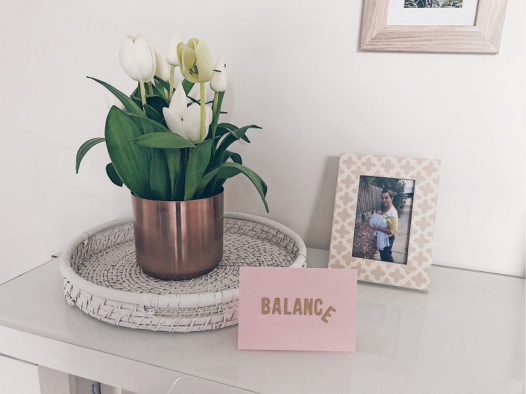 Balance card on table - Love from Mim