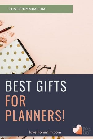 Here are 10 of the best gifts for planners from Erin Condren. I have planner girls and stationery covered with these planner gift ideas #erincondren #erincondrengiftcard #erincondrenlifeplanner #giftsforplanners #plannergifts #giftideas #stationery #lovefrommim #paperplannerclub