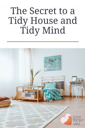 Tidy house, tidy mind? Decluttering and Marie Kondo aren't just fads, there's a reason clutter is bad for you. Find out why and how to get rid of it. #lovefrommim #decluttering #mariekondo #mentalhealth #clutter #clutteredhome #clutterfree #konmari