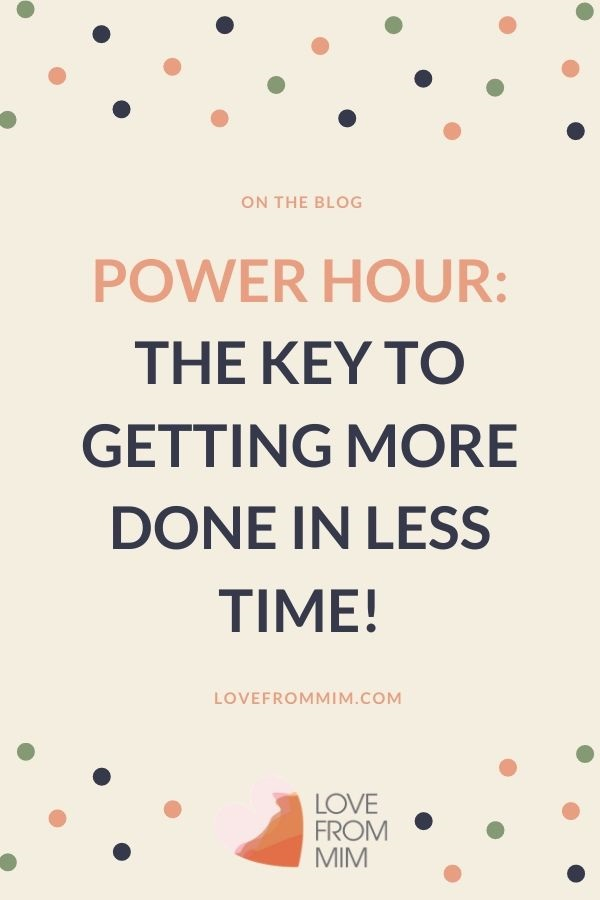 End procrastination by introducing a power hour to get more done in less time! This is my daily power hour for keeping my house in order and setting a laundry schedule and home cleaning schedule #powerhour #procrastination #endprocrastination #laundry #chores #homeorganization #cleaningschedule